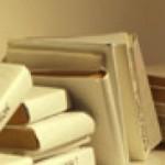 cropped-bookshelf_with_spectator.jpg
